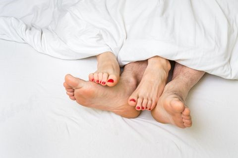 news-8 of bed things you dont understand - men change positions to please women-KISSTOY-img-1