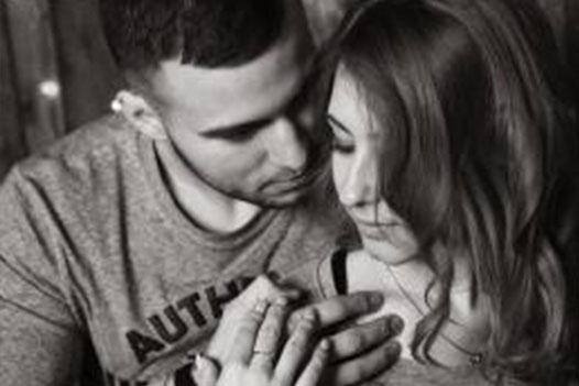 news-Top ten flirting ways men and women should know-KISSTOY-img